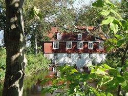 Le Moulin De Beaumont