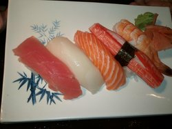 Sumo Sushi Bar & Grill