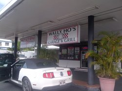 Wally Ho's Garage & Grill