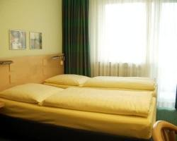 Hotel Konigswache - a SNR Hotel