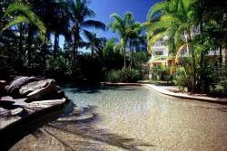 Golden Sands Beachfront Resort