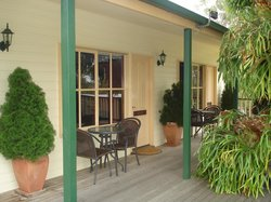 Snowy River Homestead Bed & Breakfast