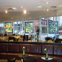Thomas Restaurant