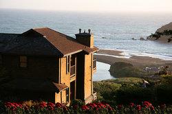 The Elk Cove Inn & Spa