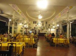 Somsakdi's Resturant