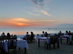 Beach Bali Cafe