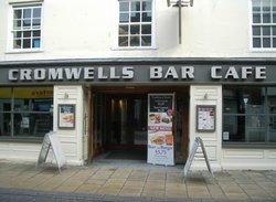 ‪Cromwell's Bar Cafe‬
