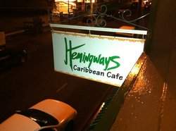 ‪Hemingways Caribbean Cafe‬