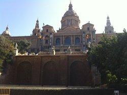 カタルーニャ美術館 (MNAC)