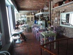 Amada Cafe