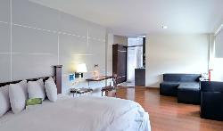 ホテル LP コロンバス