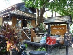 Htay Htay's Kitchen