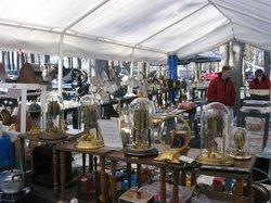 Shupp's Grove Antique Market
