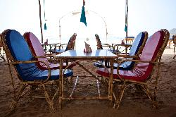 Restaurant/hangout