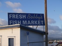 ‪Bobby's Fresh Fish Market‬
