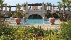 piscina principale ampia e bellissima