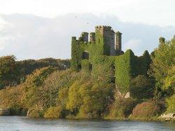 Hackett Castle