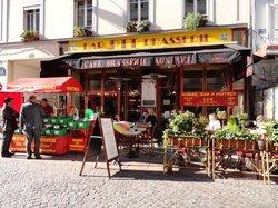 CAFE BRASSERIE AUX P.T.T.