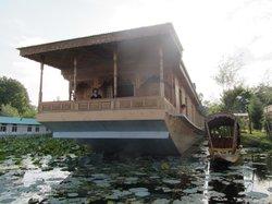 Fantasia Houseboats