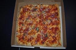 Dominick's Pizzeria