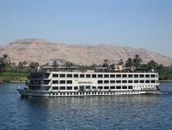 Glass-Bottom Boat Cruise and Coral-Reef Viewing of the Red Sea