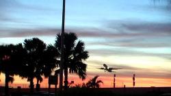 Startendes Flugzeug in Miami