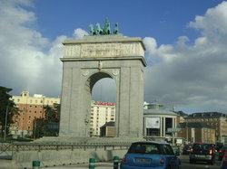 Victory Arch (Arco de la Victoria)