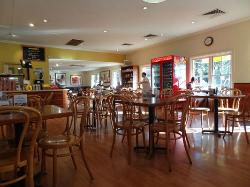Breakfast at the Beechworth Bakery in BENDIGO!