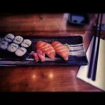 No.1 Sushi Bar