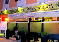 ‪Pizzeria Spaccanapoli‬