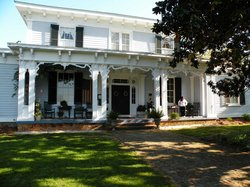 Magnolia Manor Plantation Bed and Breakfast