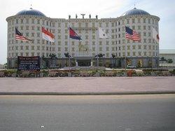 Titan King Hotel