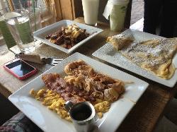 Noah's Ark breakfast closest to camera