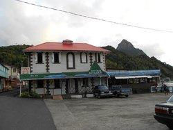 La Petit Peak