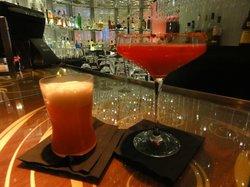 Cosmopolitan Club & Restaurant