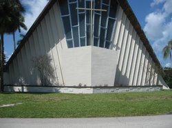 ‪First Congregational Church of Christ in Fort Lauderdale, UUC‬