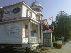 Candlewyck Inn