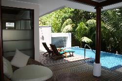 Hillside - piscine privée