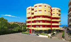伊思佩利亞酒店