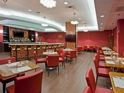 Kiki's Restaurant and Bar at The Crowne Plaza Fort Lauderdale Airport
