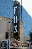 ‪Fox Theater‬