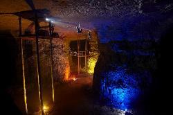 路易斯维尔巨洞