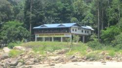 Nusa Holiday Villa