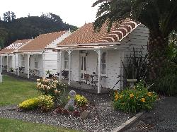 Coromandel Colonial Cottages Motel