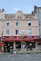 Hotel-Restaurant Du Midi