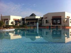 Oriental Bay Beach Golf & Spa