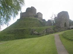 ‪Launceston Castle‬
