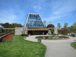 Niagara Parks Floral Showhouse