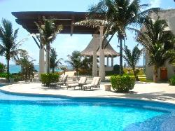 Loungers and jacuzzi's by the pool