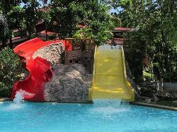 Water slides, Dakak